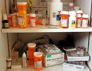 Armadietto dei medicinali, che disastro!